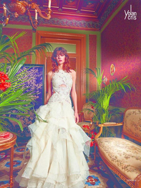 Vestido de novia de Yolan Cris, modelo Centella, con falda de ...
