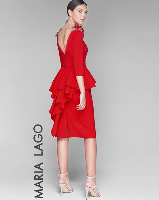vestido rojo corto con volantes - modena novias